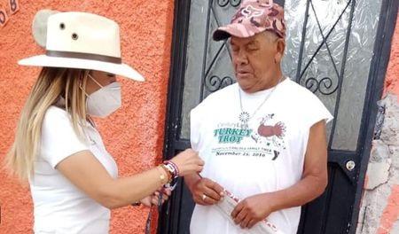 Karola Macías compromete trabajo en favor de los habitantes del distrito 16