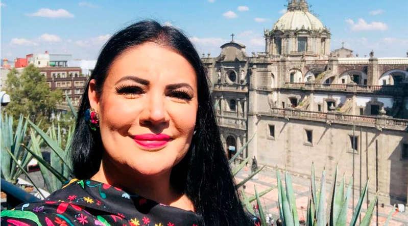 Alejandra Ávalos presume que le rompió el corazón a Luis Miguel