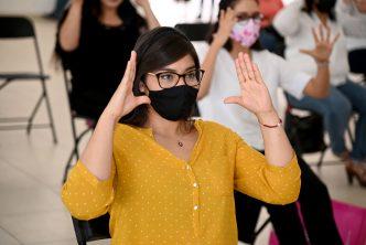Concluye en el municipio curso básico de lengua de señas