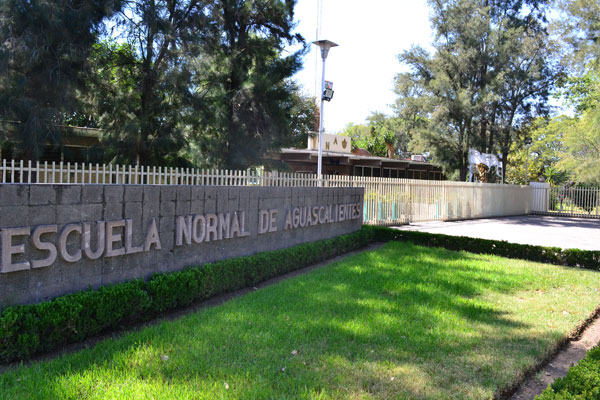 Pese a pandemia no baja demanda para estudiar en normales de Aguascalientes