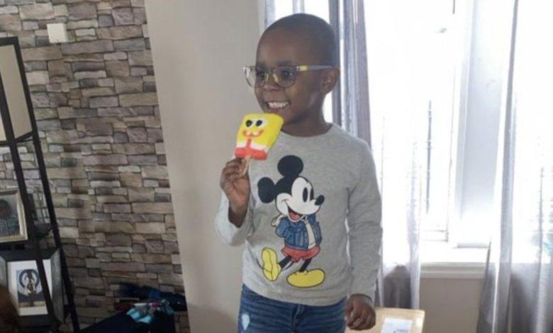 Niño usa cuenta de Amazon de su mamá y compra lote de paletas de Bob Esponja por 2 mil 500 dólares