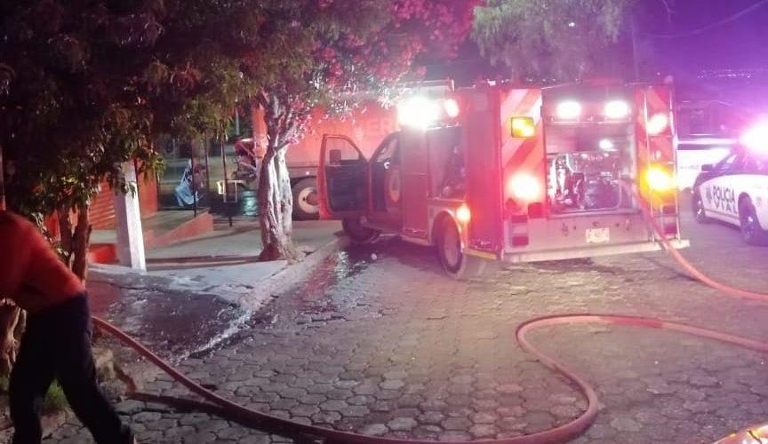 Bomberos sofocan incendio en Gómez Portugal