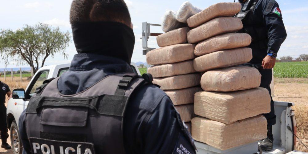 Policía estatal decomisa 115 kilos de marihuana en los límites con Jalisco