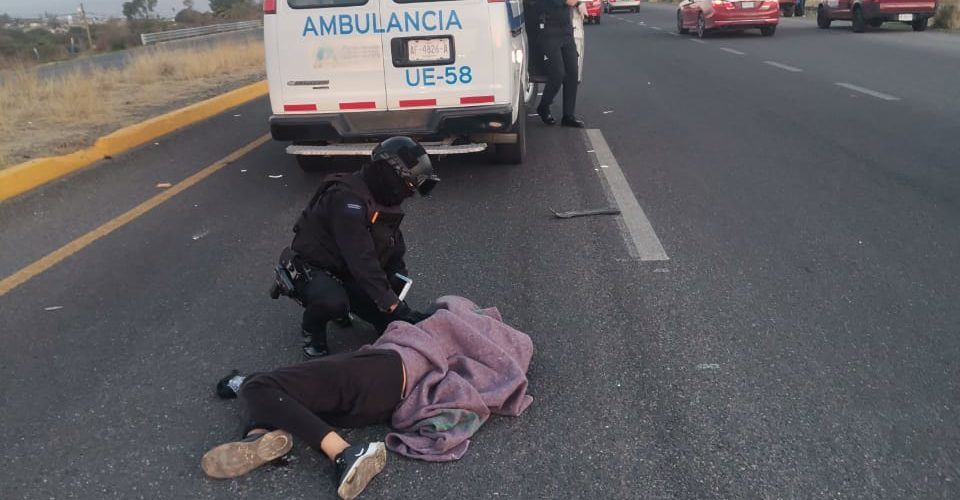 Se registra atropello en la salida a San Luis Potosí