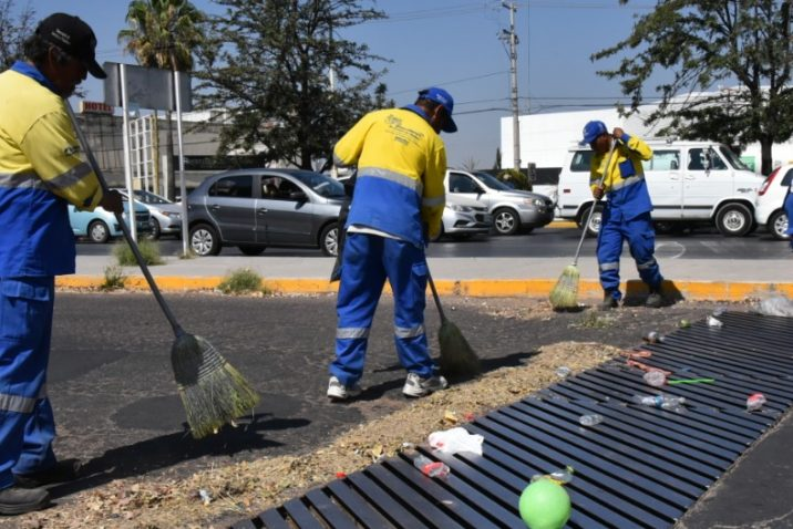 Municipio realiza labores de limpieza en alcantarillado de la ciudad