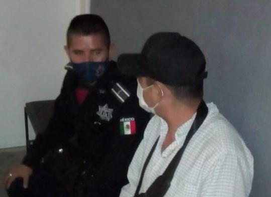 Mariachis ayudan a evitar el suicidio de un hombre en el Jardín de Zaragoza