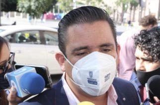 Se engalla Báez y no descarta carro completo en Aguascalientes