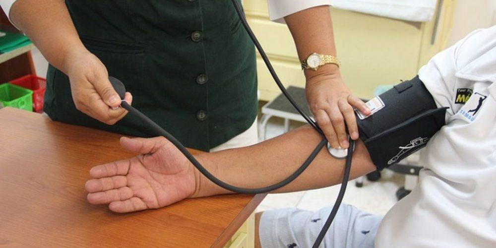 Llama IMSS Aguascalientes a cuidar niveles de presión arterial ante la pandemia
