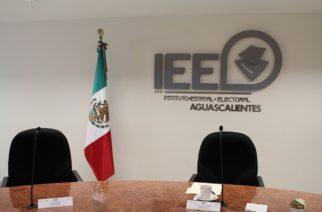 """""""Acartonado"""" el modelo de debates que mantiene el IEE: Sánchez"""