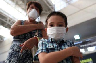 Por ahora no se aprobará aplicación de vacuna Pfizer en menores: Ebrard