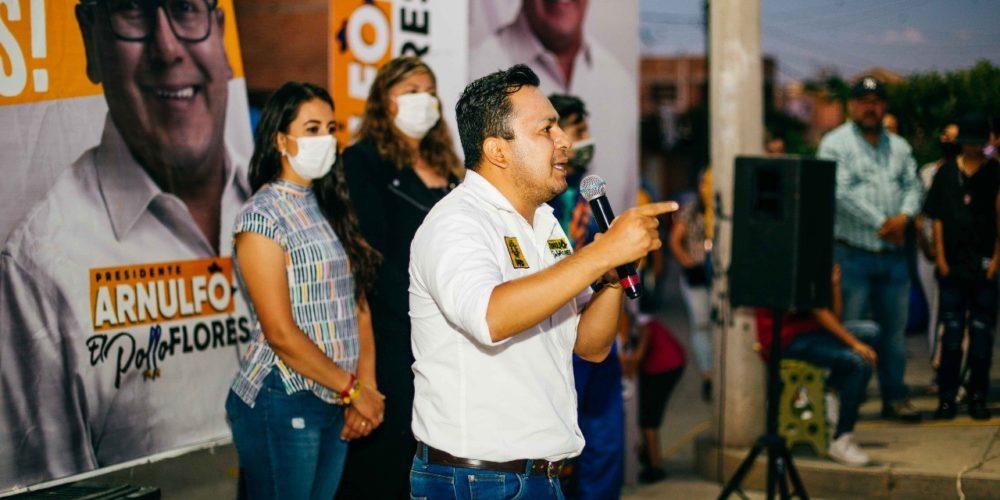 Arnulfo Flores ampliará programa de agua purificada gratuita en Pabellón de Arteaga