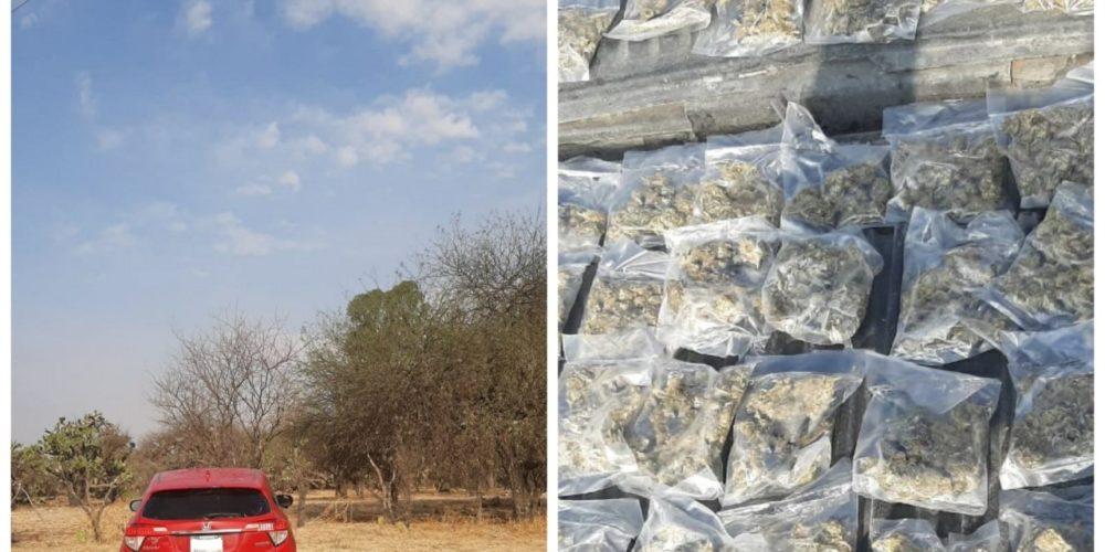 Aseguran camioneta con crystal y marihuana en los límites con Jalisco