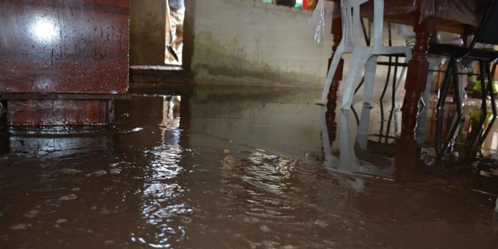 Chubasco afecta a la comunidad de Santa Elena en San José de Gracia