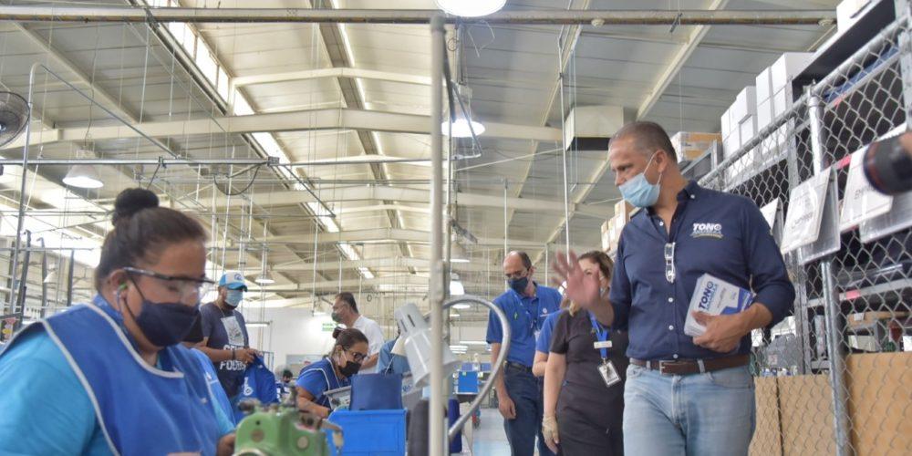 """Toño Arámbula se la """"rifará"""" por los trabajadores de JM"""
