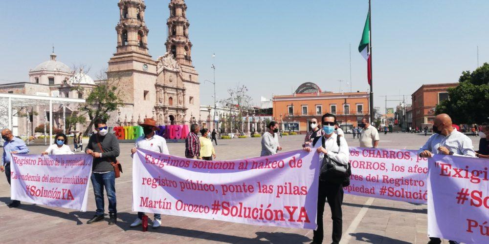 Sector inmobiliario cerca del colapso por cierre de RPPyC. Demandan solución al gobierno de Aguascalientes