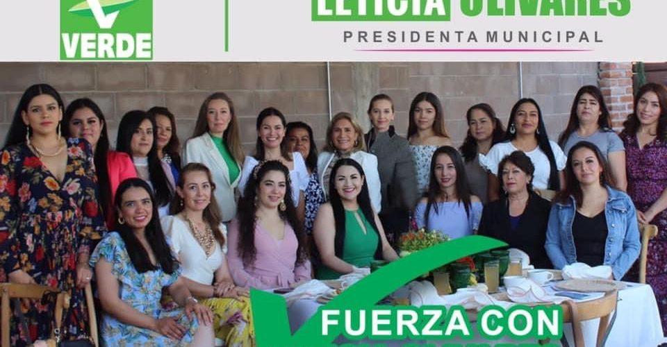 Lety Olivares se reunió con mujeres empresarias