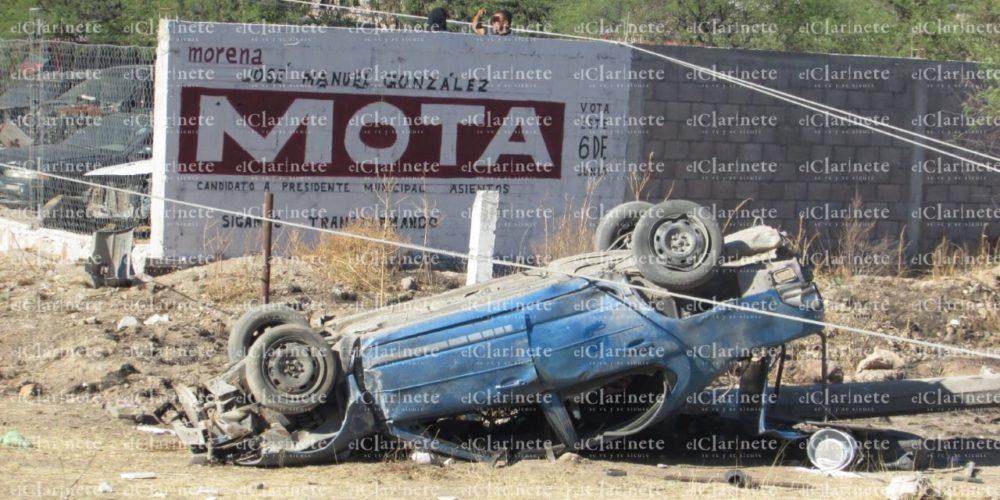 Volcadura en Asientos: 1 muerto y 2 lesionados