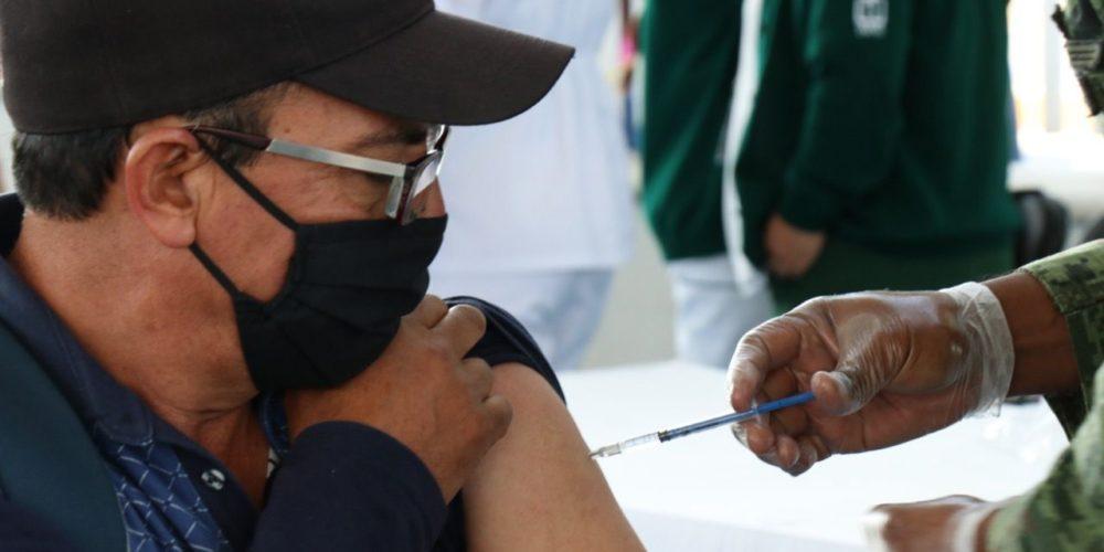 Anuncian vacunación para maestros rezagados el 18 y 19 de mayo en la Isla San Marcos
