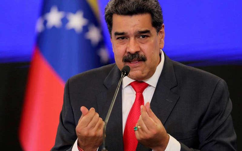 Maduro tilda de miserable a EU por excluir a Venezuela de donación de vacunas