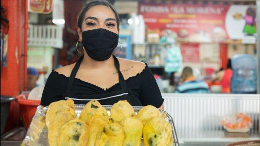 Mercado Morelos ofrece variedad en comida tradicional