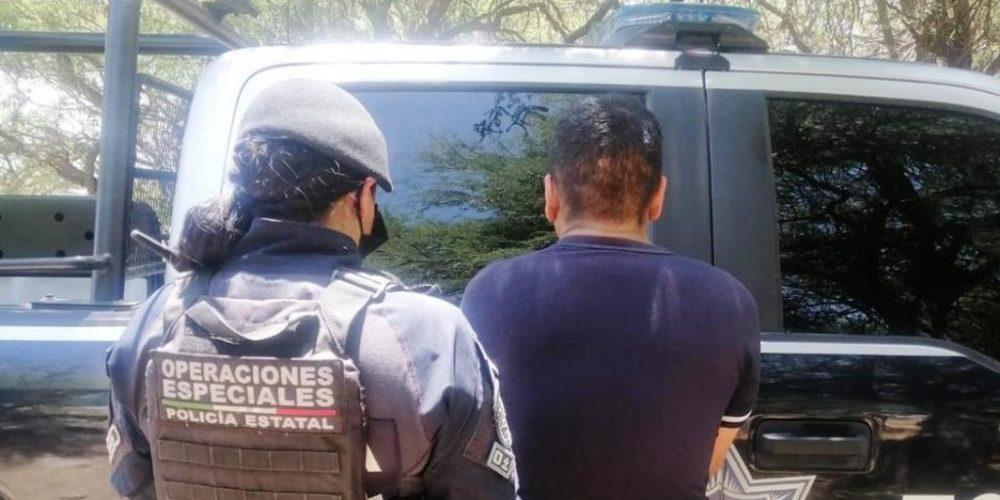 Detienen a Braulio con 18 envoltorios de crystal en Rincón de Romos