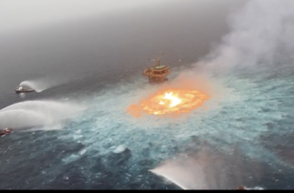 Línea submarina de Pemex reventó en Campeche
