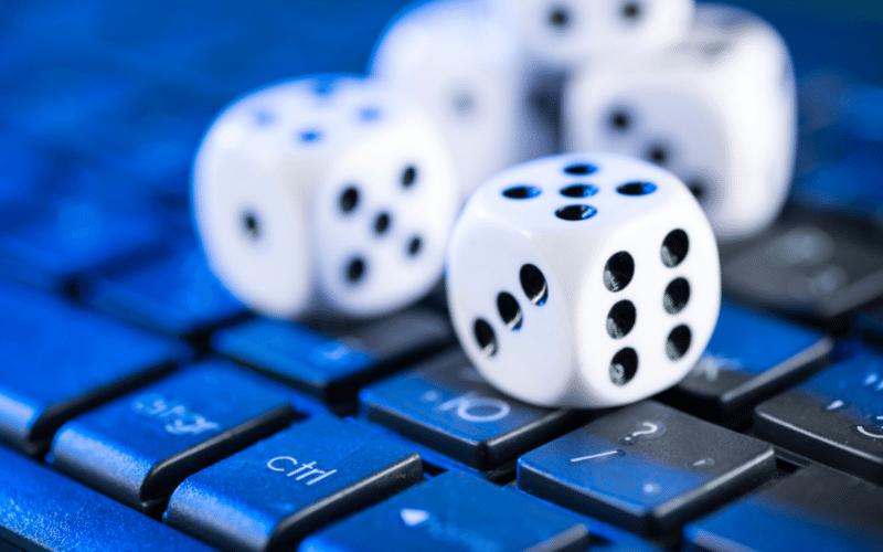 ¿Cómo Se Originaron los Casinos Online?
