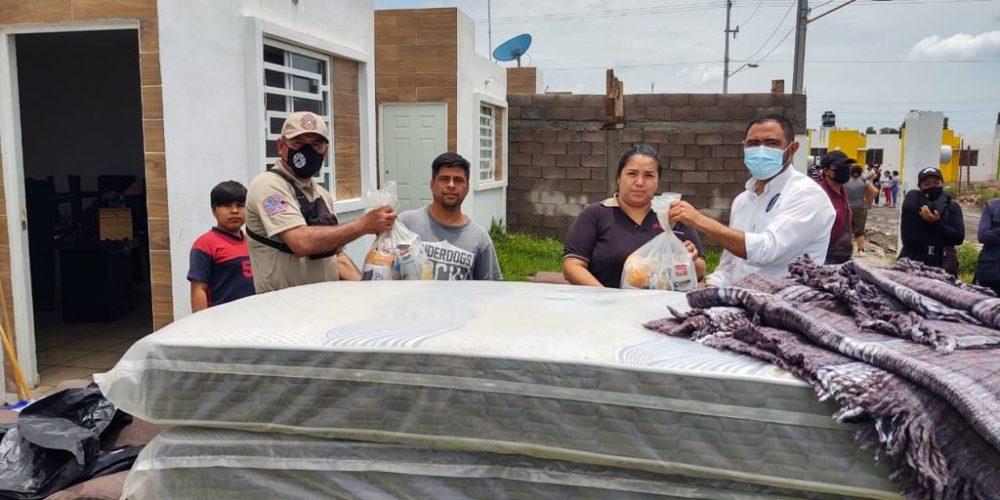 Brindan apoyo a familias afectadas por inundaciones en San Francisco de los Romo