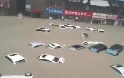 Inundaciones en China dejan 25 muertos y más de 200 mil desplazados