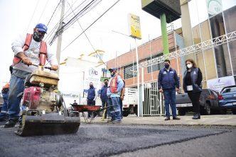 Intensifican trabajos de bacheo en Aguascalientes