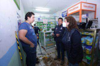 Atiende alcaldesa afectados por daños que dejó la lluvia en VNSA