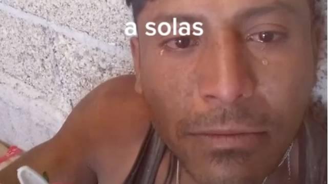 (VIDEO) Albañil llora al festejar su cumpleaños solo; le llueven felicitaciones en redes sociales