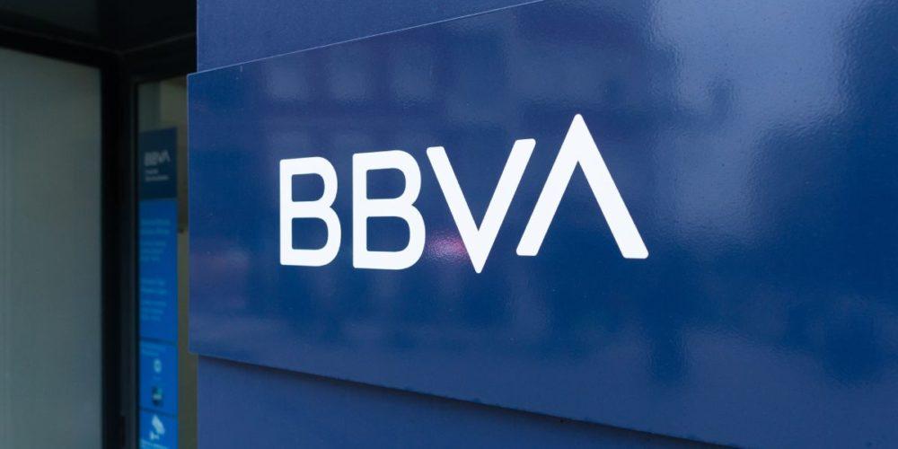 BBVA restablece sus servicios tras 20 horas de fallas