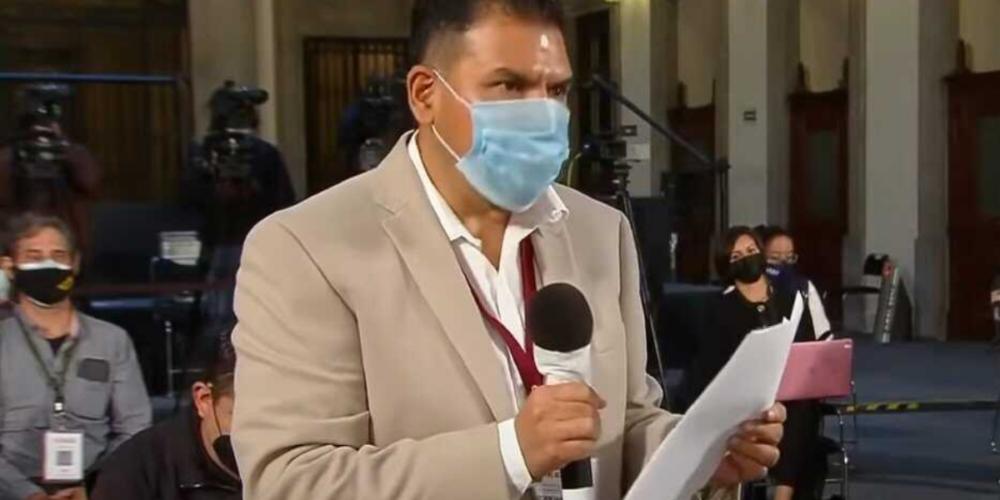 Periodista es vinculado a proceso penal por altercado en La Mañanera