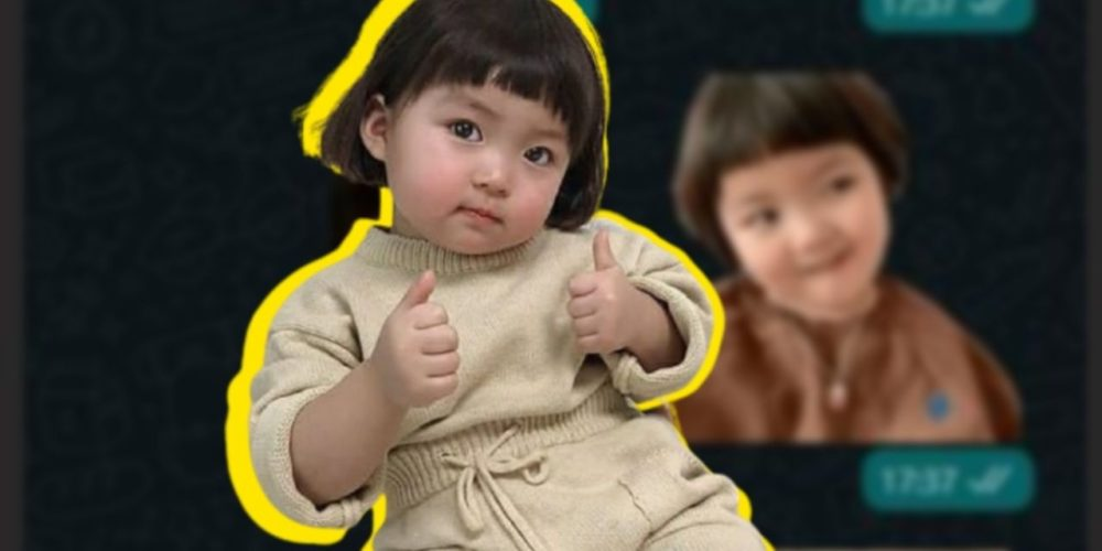 "Mamá de la ""niña coreana"" prepara demanda para que dejen de usar stickers"