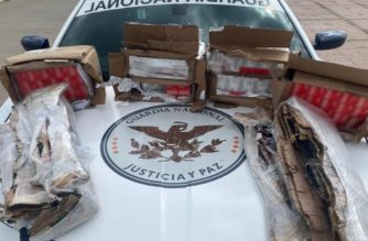 Guardia Nacional encuentra seis mil cartuchos y armas largas en tráiler en Zacatecas