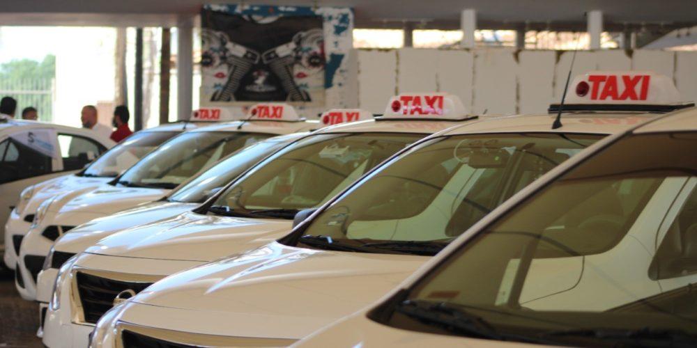 Anuncia Movilidad que entregará 125 nuevas concesiones de taxi en Aguascalientes