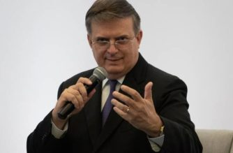 Marcelo Ebrard confirma que va por candidatura en 2024 con Morena
