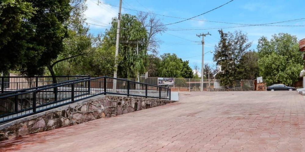 Rehabilitan calles de la colonia López Mateos en Calvillo